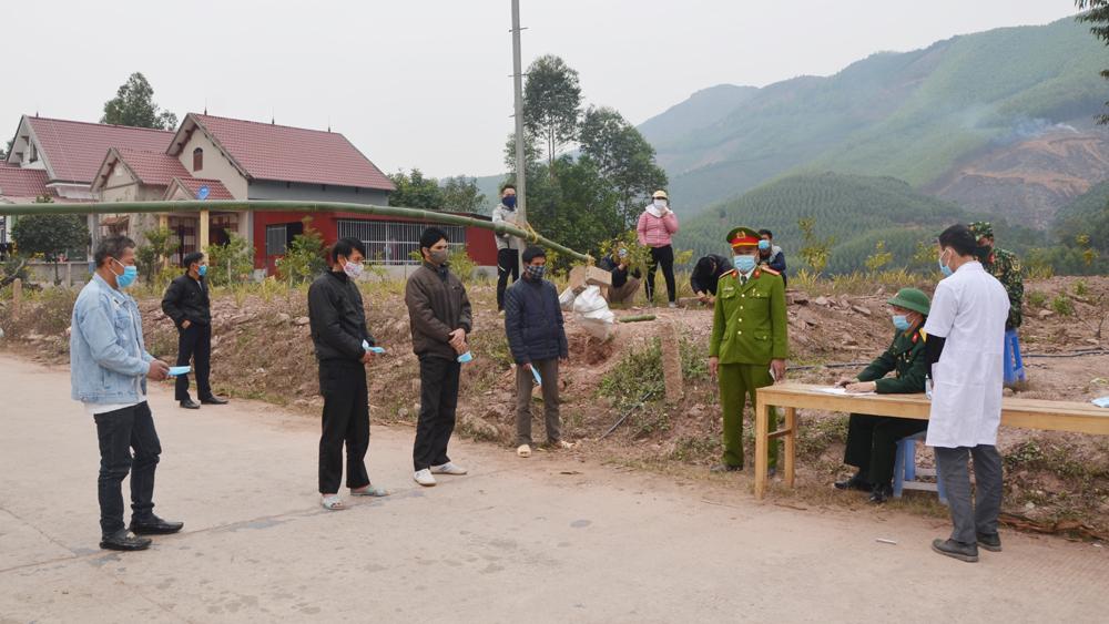 Công an Bắc Giang phạt hơn 300 trường hợp vi phạm quy định phòng, chống dịch Covid-19